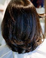 仕上がり画像です。ストレートパーマでサラサラになりデジタルパーマで毛先を動かしています。