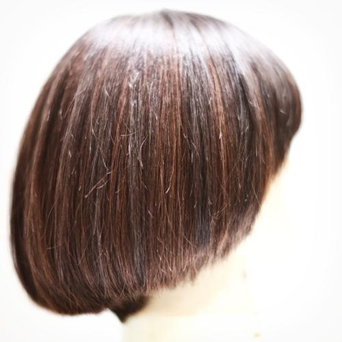 マッシュルーム風ボブ、7レベルのベース毛に9レベルでバイカラー