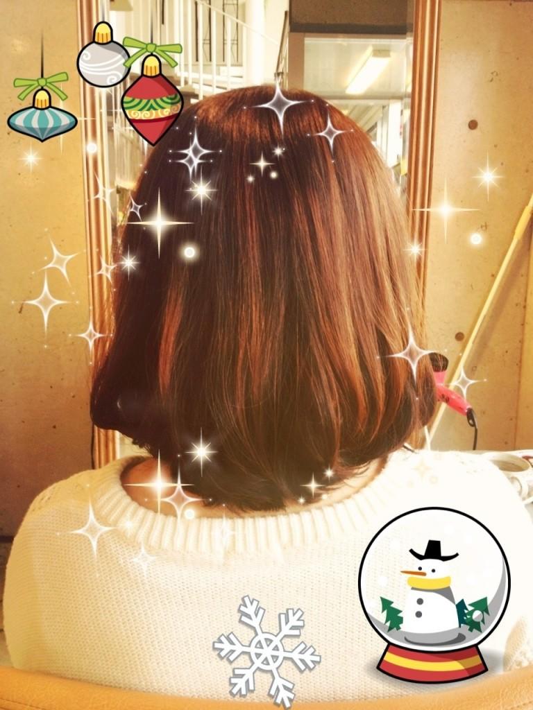 12月18日記事「クリスマス☆ヘアカラー」画像後ろ姿