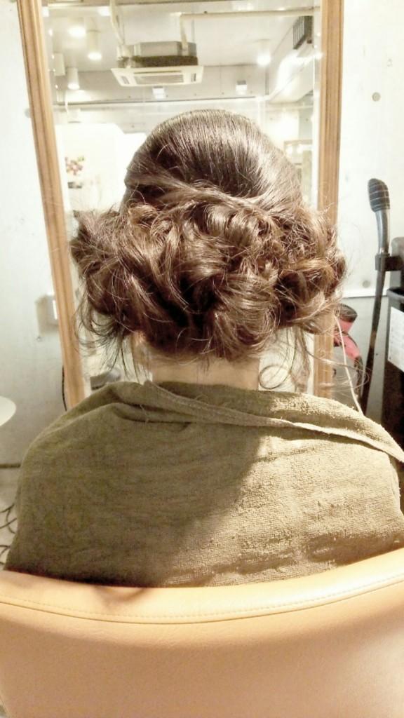 1月17日記事「ウエディングヘア」画像-1